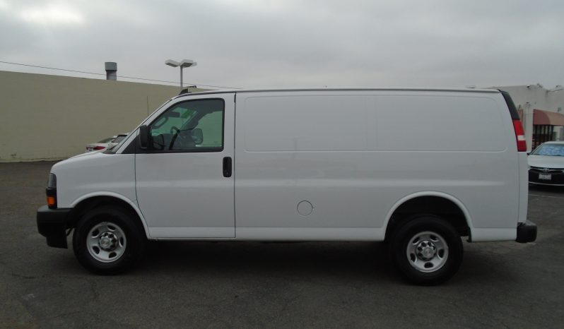 2018 Chevy Express 2500 full