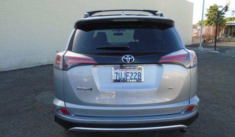 2016 Toyota Rav4 SE full