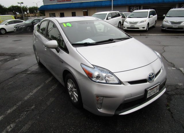 2014 Toyota Prius Plug-in Advanced full